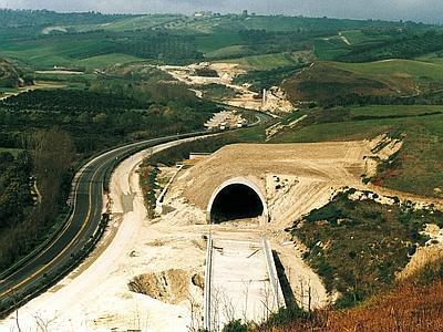 autostrada_salerno_reggio_tratto_serre_mileto_web--400x300